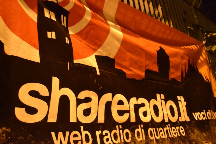 Shareradio Striscione